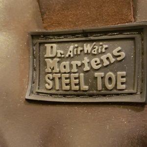Dr. Martens airwair steel toe boots